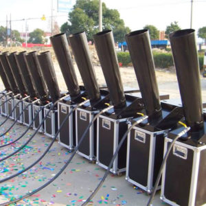 LARGE CONFETTI CANNONS